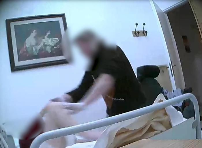 Anziani maltrattati in una Casa di riposo vicino a Catanzaro: 2 ai domiciliari