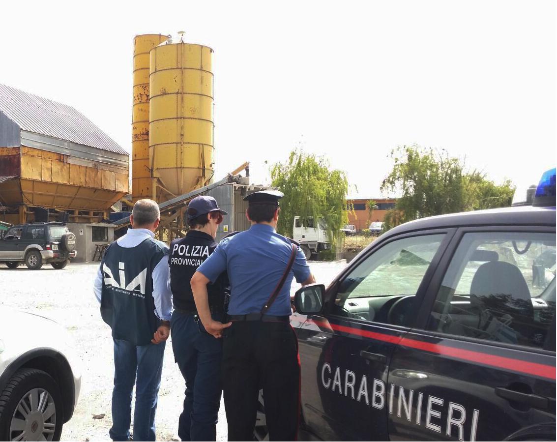 Sequestro preventivo di un impianto di calcestruzzi nel Catanese