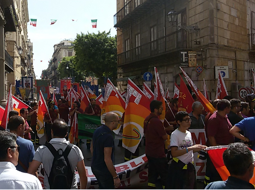 Precari in piazza oggi a Palermo: Regione sotto assedio