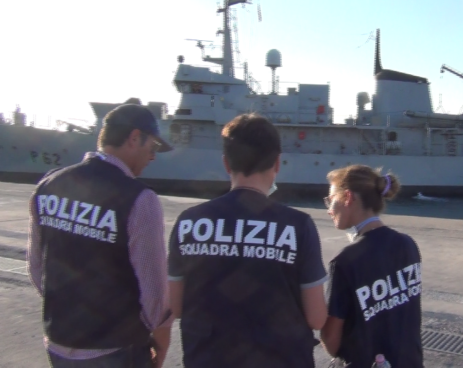 Pozzallo, in manette i 5 presunti scafisti dello sbarco di ieri