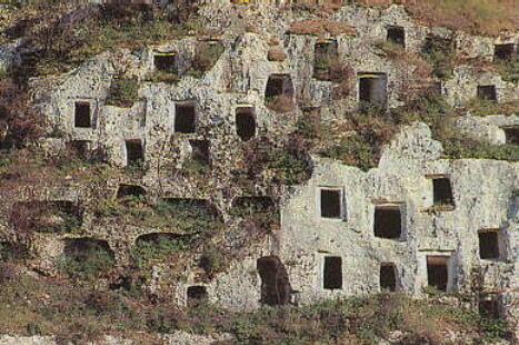 Modica, dalla Regione due milioni di euro per il Parco archeologico di Cava Ispica