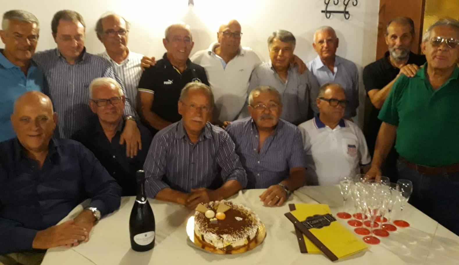 Modica, rimpatriata per celebrare i 48 anni dal diploma di ragioniere