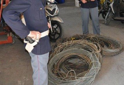 Priolo, tenta di rubare cavi di rame da un'azienda dismessa: arrestato