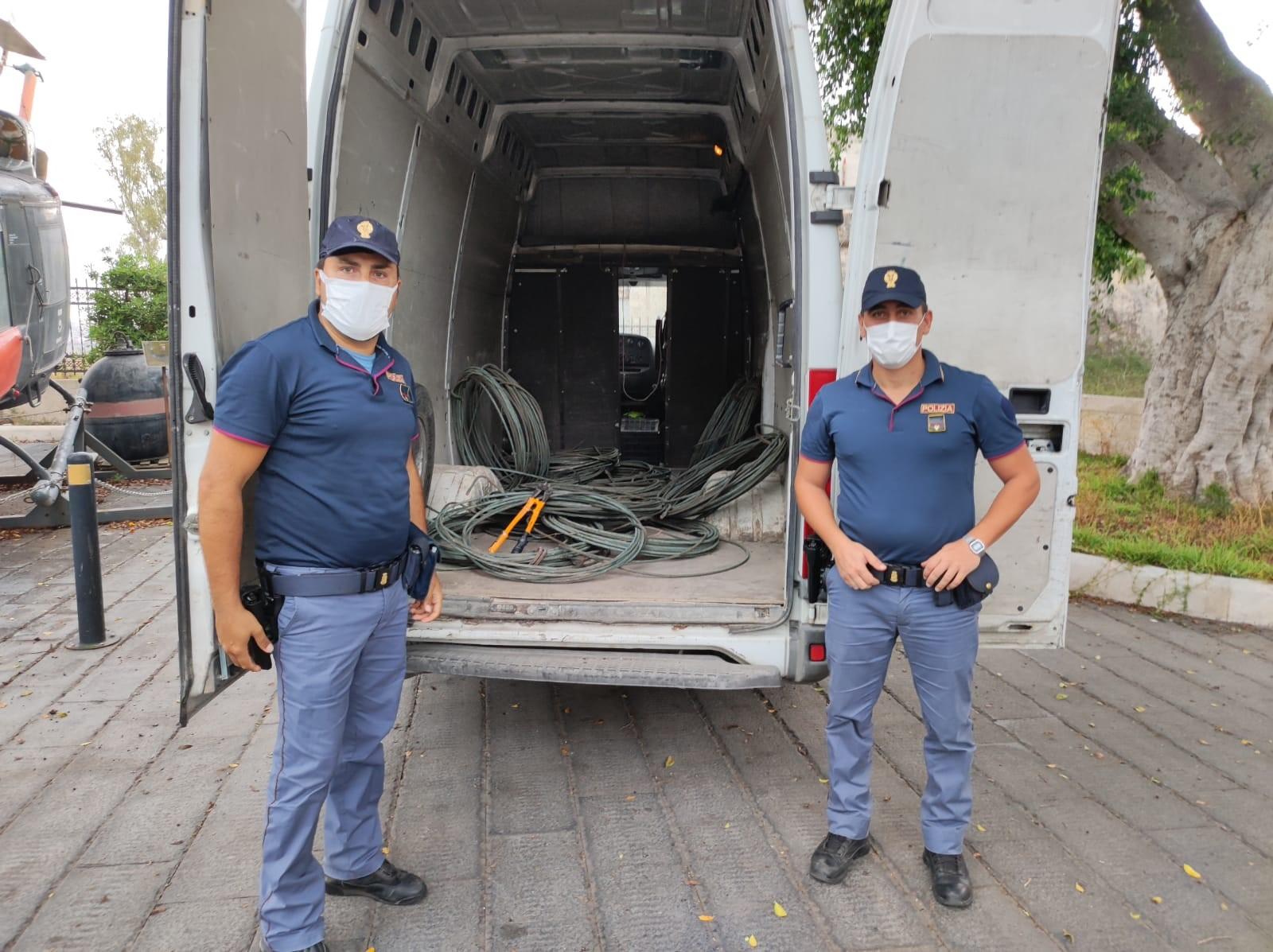Augusta, rubano mille chili di cavi di rame a Punta Cugno: arrestati 3 catanesi