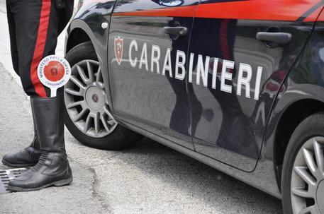 Agguato nel Napoletano, gravemente ferito un uomo di 32 anni
