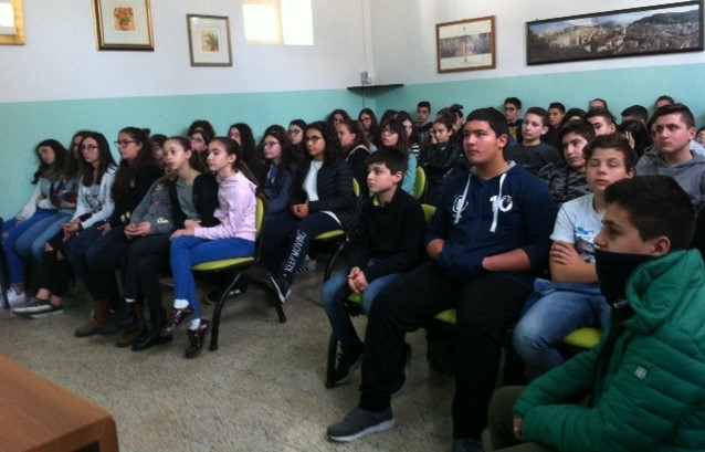 Modica, progetto legalità: i Carabinieri incontrano le scuole