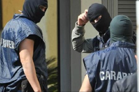Catania, 31 arresti per mafia: mazzata alla cosca Santapaola - Ercolano