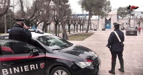 Stupra una ragazza in un villaggio turistico nel Salento, arrestato