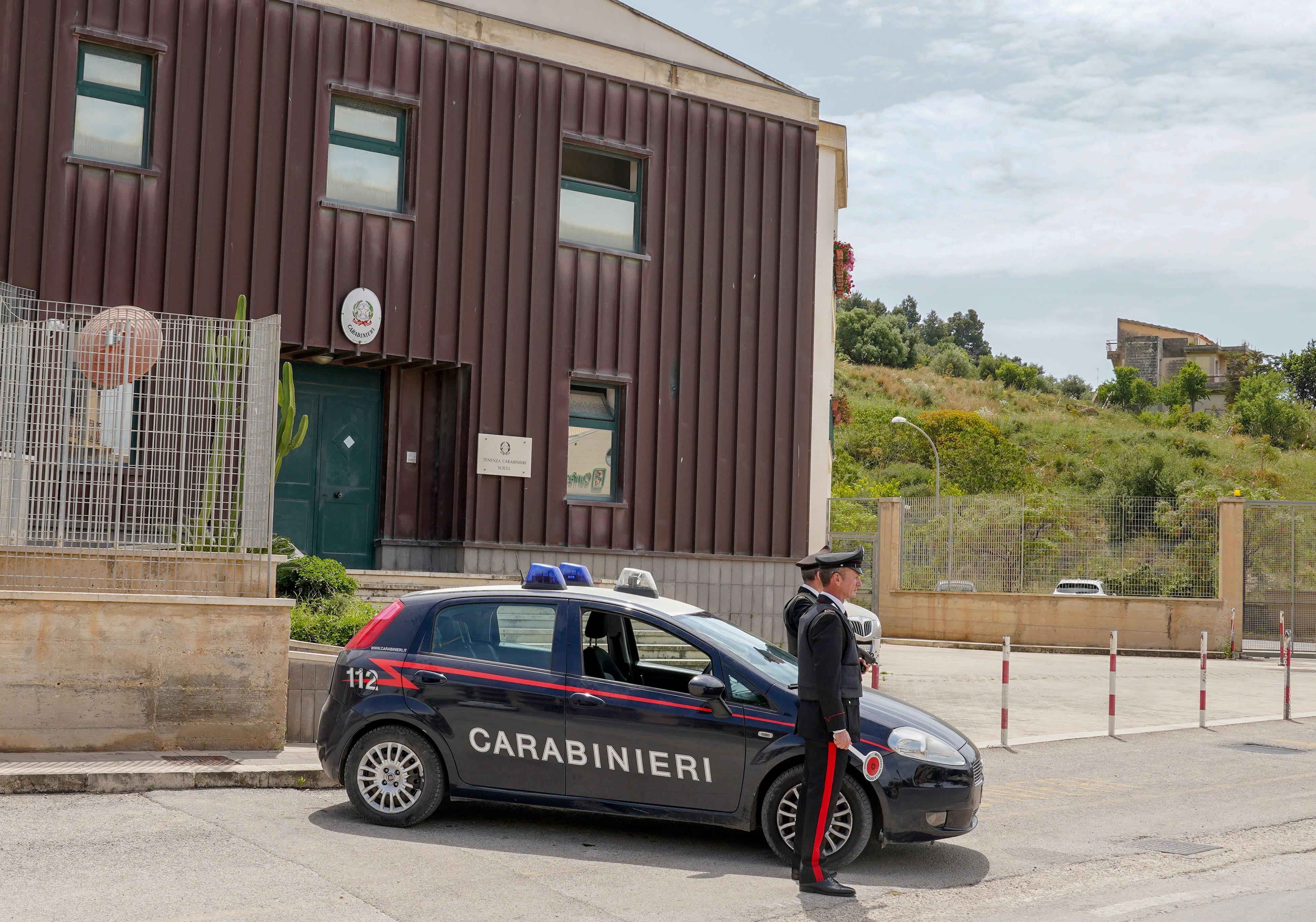 Scicli, ruba un motociclo e fugge: arrestato dai carabinieri subito dopo