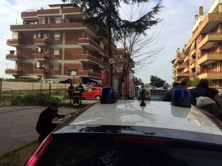Latina, carabiniere spara alla moglie: poi uccide le figlie e si suicida