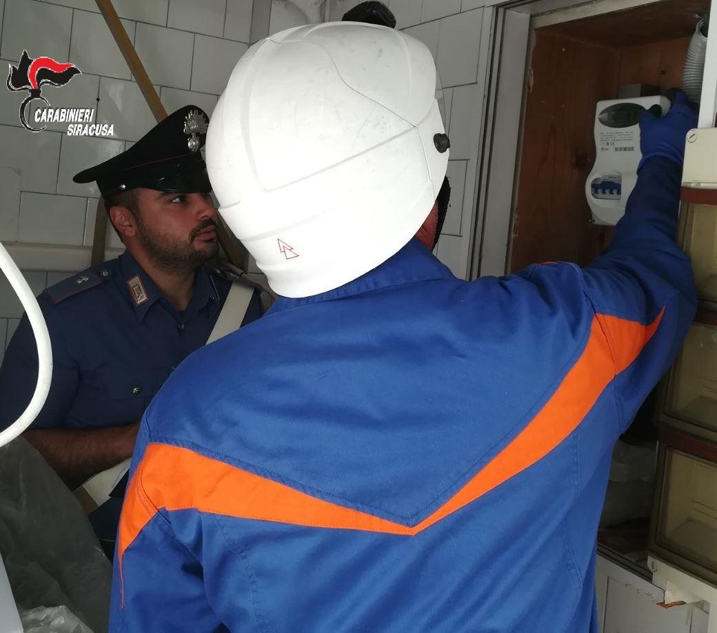 Furto di energia elettrica, 2 ristoratori denunciati a Lentini e Sortino