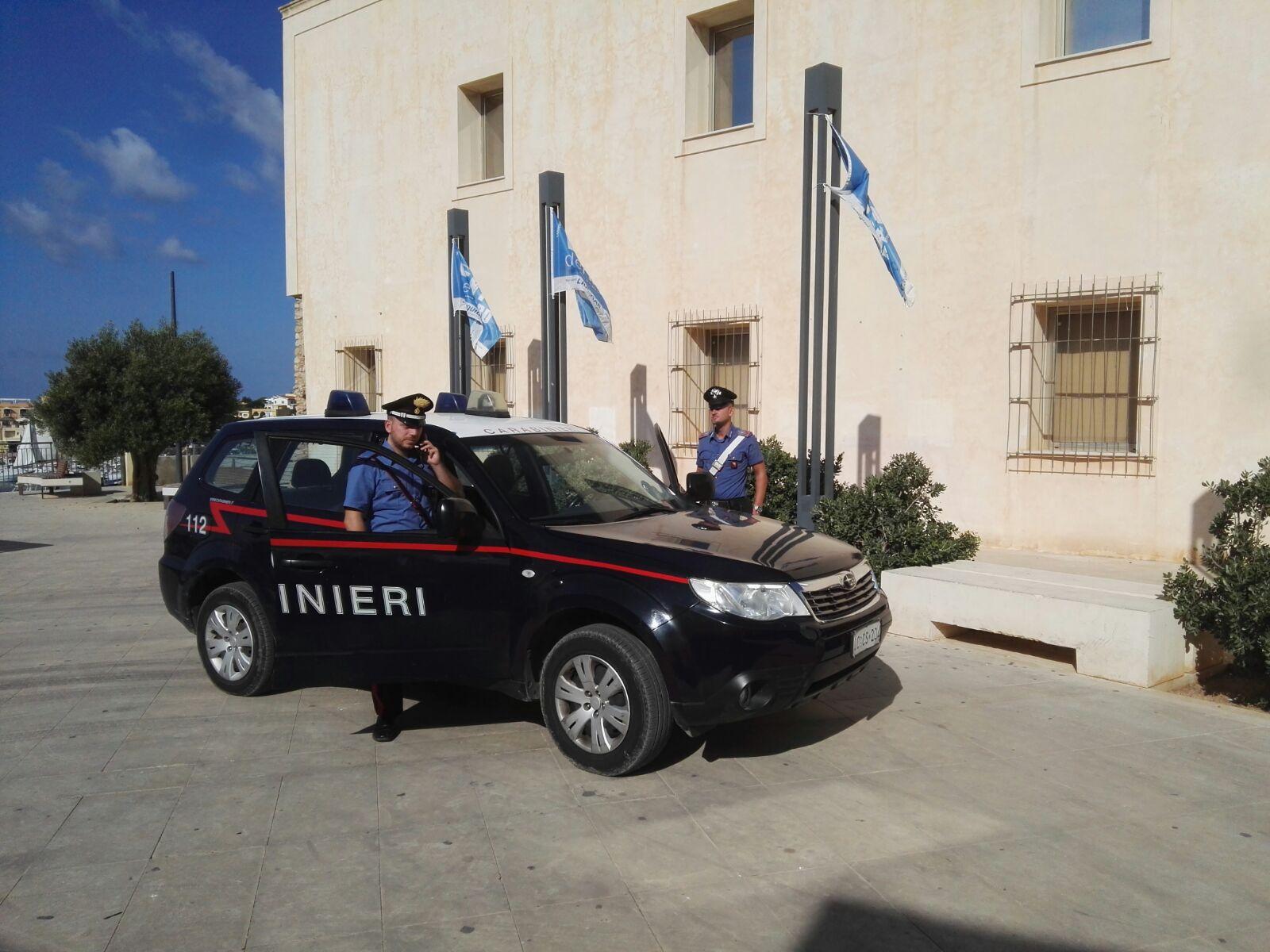 Lampedusa, sequestrate dai carabinieri 2 discariche abusive