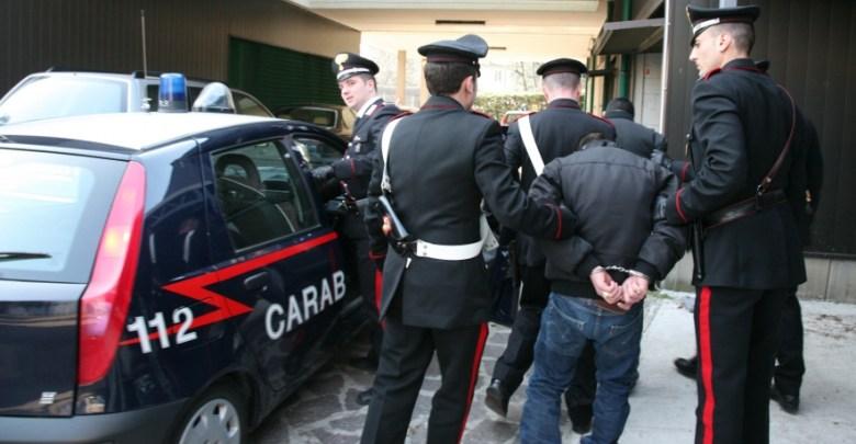Concorso in estorsione a Riesi: 5 in carcere e uno agli arresti domiciliari