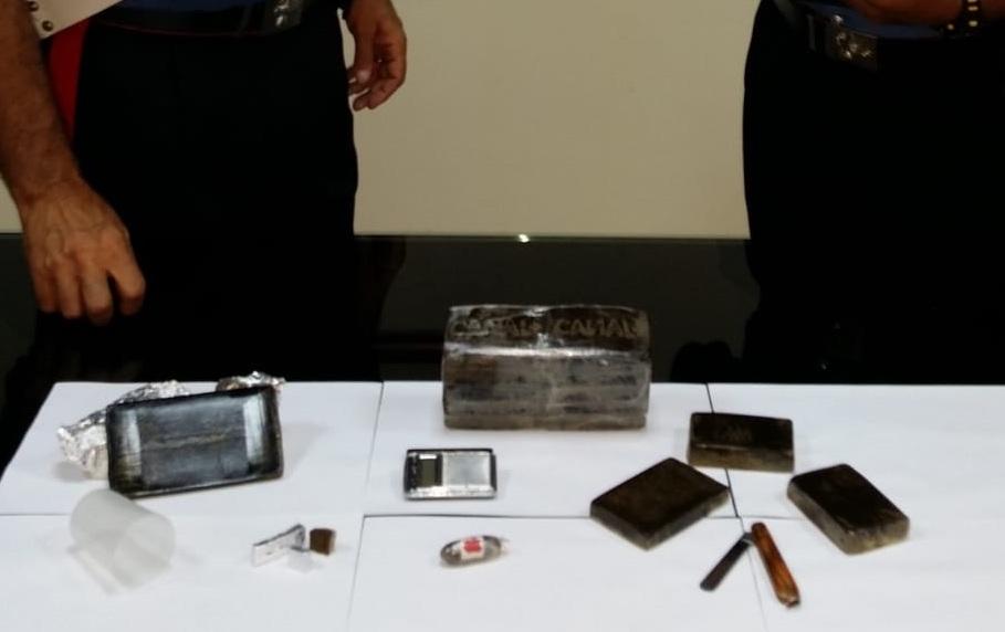 Preso a Belvedere di Siracusa con l'hashish: sedicenne arrestato