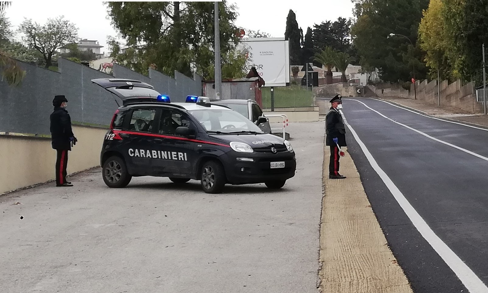 Ragusa, i carabinieri arrestano spacciatore e segnalano assuntore