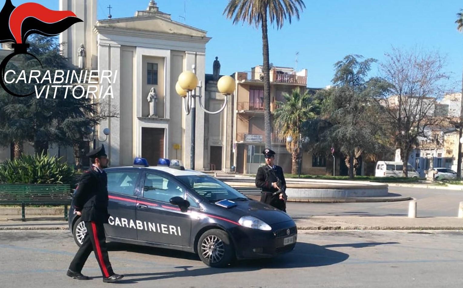 Vittoria, spacciava davanti ad una scuola: arrestato presunto pusher di 27anni