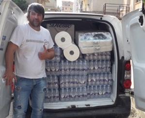 'Scuola estate' a Rosolini, consigliere regala al Sant'Alessandra 1800 bottiglie d'acqua