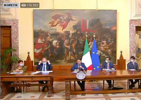 Manovra da 55 miliardi, ecco cosa cambia in Italia: aiuti a famiglie, lavoratori e imprese