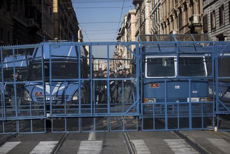 Elezioni, piazze a rischio da Roma a Palermo: città blindate
