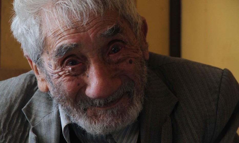 Cile, morto l'uomo più vecchio del mondo: aveva 121 anni