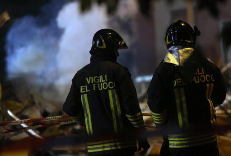 Incendiò la casa nel Milanese e morirono le sue due sorelle: arrestato per omicidio volontario