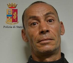 Ragusa, tenta di rubare una barca a vela: arrestato