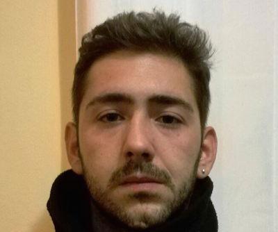 Catania, in manette un presunto pusher: nascondeva 133 dosi di marijuana