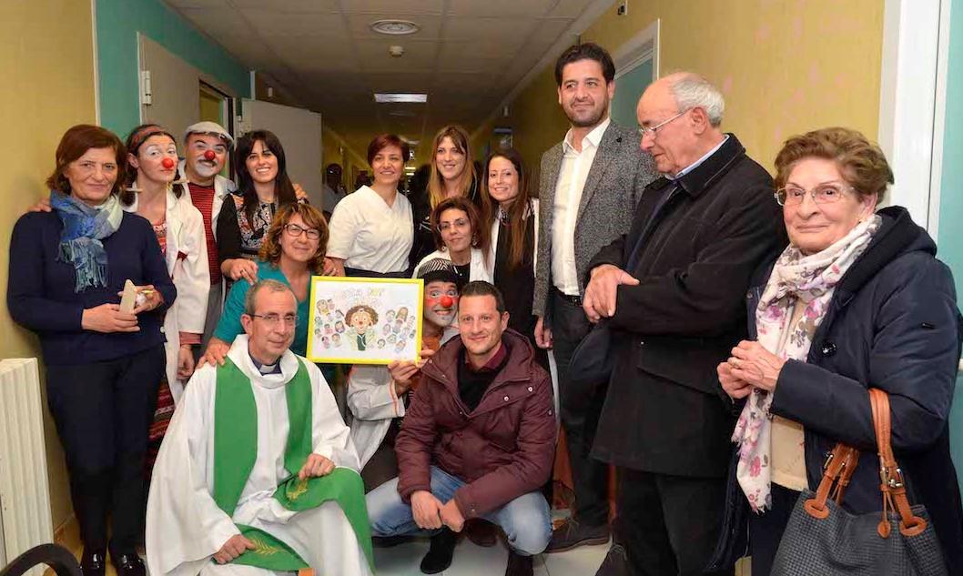Ragusa, una mostra dedicata al sorriso nel reparto oncologico dell'Arezzo