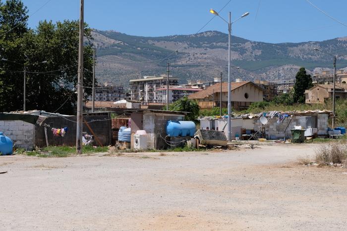 Casa Pound si schiera contro i nomadi a Palermo: annunciate manifestazioni