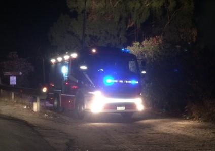 Siracusa, principio d'incendio nella notte alla Riserva del Ciane