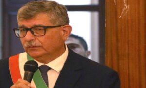 Morto per il covid il sindaco - medico di San Nicandro Garganico