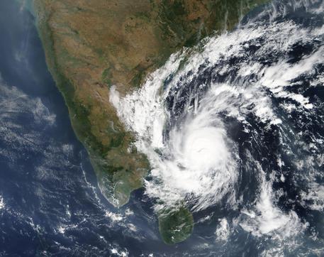 India, il ciclone Gaja uccide dieci persone: oltre 80mila evacuati
