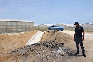 Vittoria bruciavano materiali di scarto in agricoltura: due denunciati
