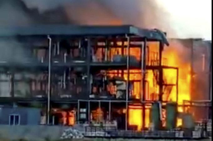 Cina: esplosione in impianto chimico, 19 morti e 12 feriti