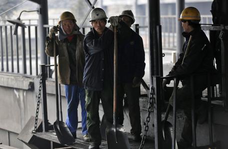L'esplosione in una miniera in Cina, 33 persone morte