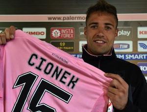 Palermo, con l'arrivo del difensore Cionek mercato chiuso