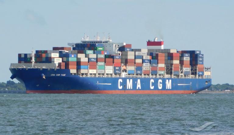Trasporti, il gigante francese Cma-Cgm sposta l'intera flotta a Malta