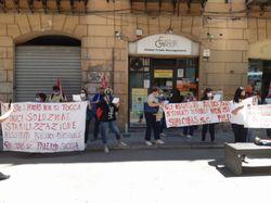 Scuola, a Palermo va in scena la protesta dei Cobas per l'assistenza ai disabili