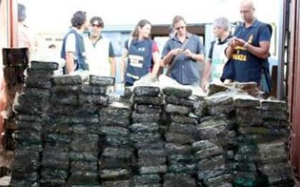Più di 300 cili di cocaina sequestrata dalla Finanza nel porto di Gioia Tauro