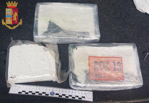 Arrestati a Palermo due Vibonesi con 6 chili e mezzo di cocaina