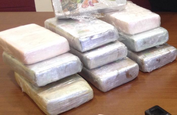Scoperti con un chilo di coca e 3mila euro cash, tre arresti a Palermo
