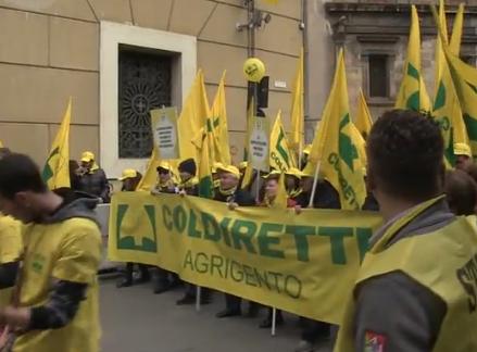 Agricoltori, 20 mila in piazza a Palermo contro le politiche della Regione