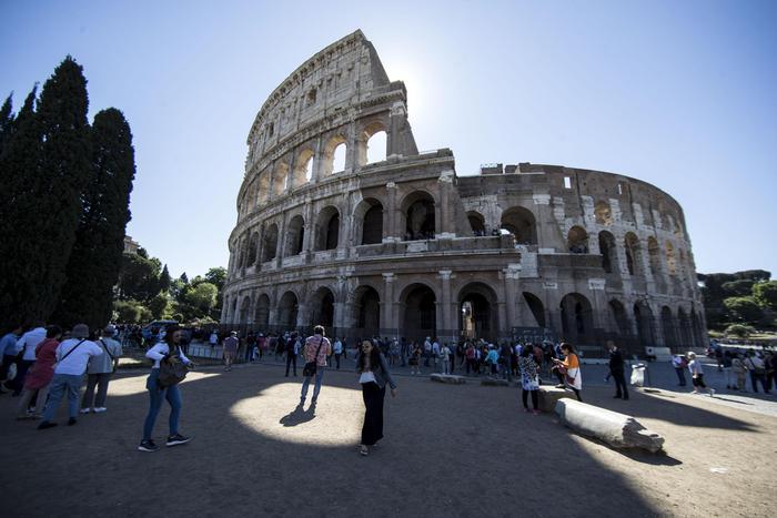 Megaponte di Pasqua e 1° Maggio, 10 milioni di italiani in vacanza