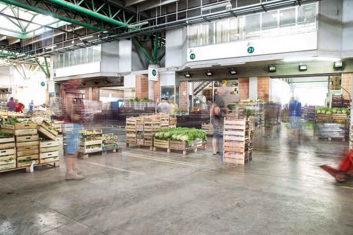 Coronavirus, il sindaco di Catanzaro sospende per 3 giorni le attività del mercato