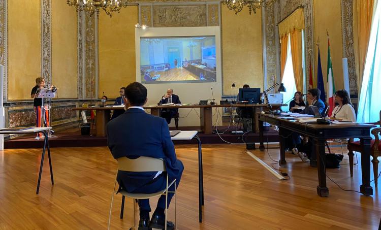 Il Consiglio dei Ministri impugna variazioni di bilancio, tensioni all'Ars