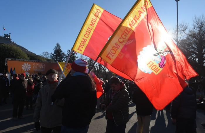 Como scende in piazza per dire no agli attacchi fascisti