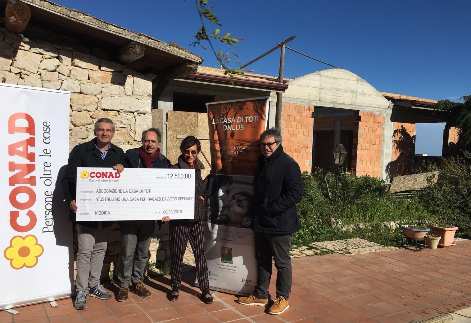 Modica, Conad dona 12.500 euro all'Associazione Onlus