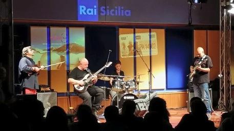 Musica: ultimo concerto per iKalvi al Blue Brass di Palermo
