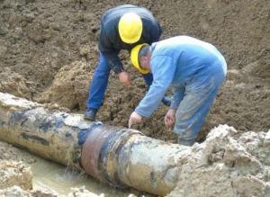 Gela, si rompe una condotta idrica: almeno 3 quartieri senz'acqua
