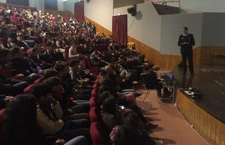 Stalking, lezione dei carabinieri all'Auditorium di Rosolini